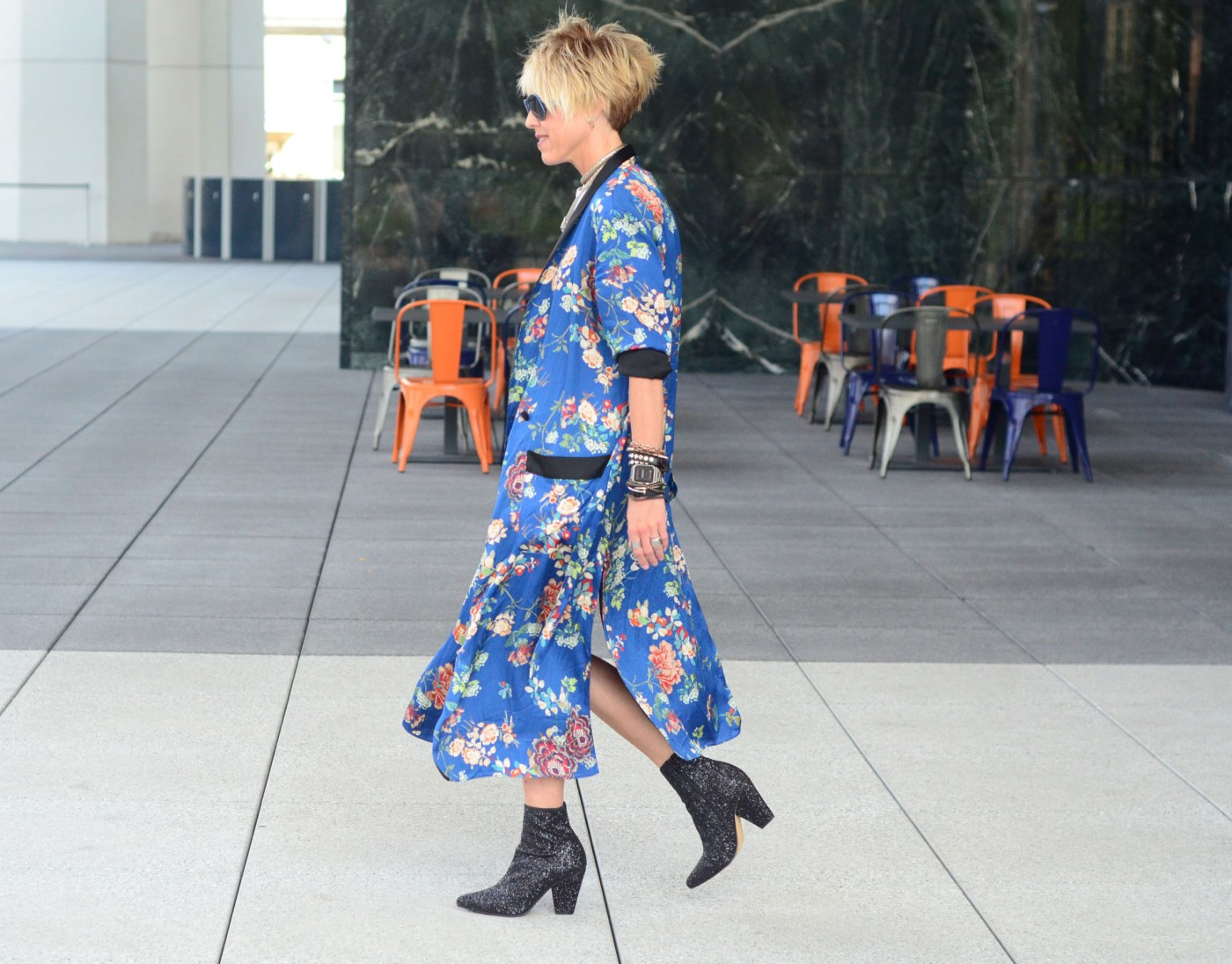 women-i-work-with-jill-pederson-floral-robe-glitter-boots