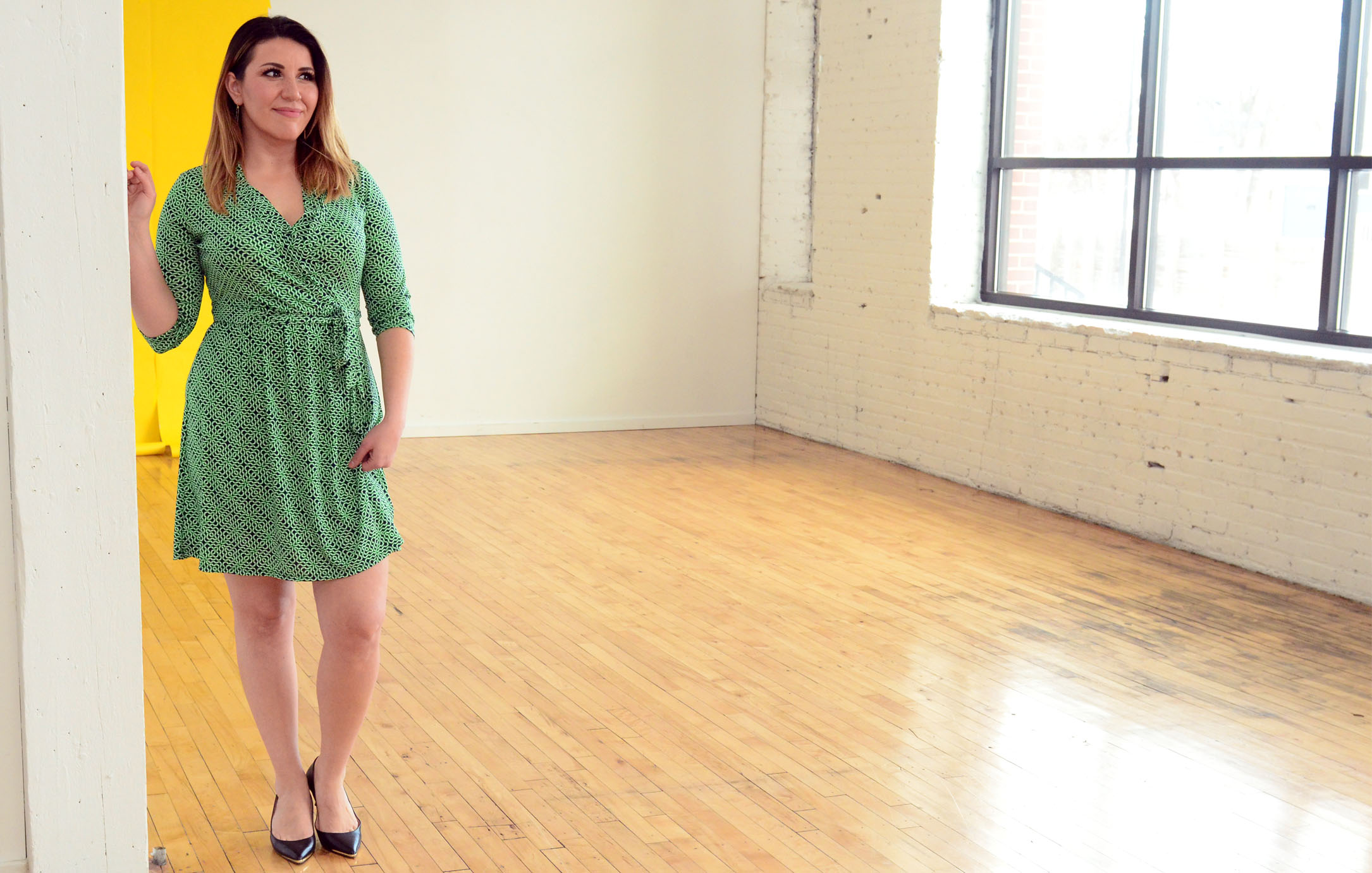 women-i-work-with-julieta-felix-green-wrap-dress