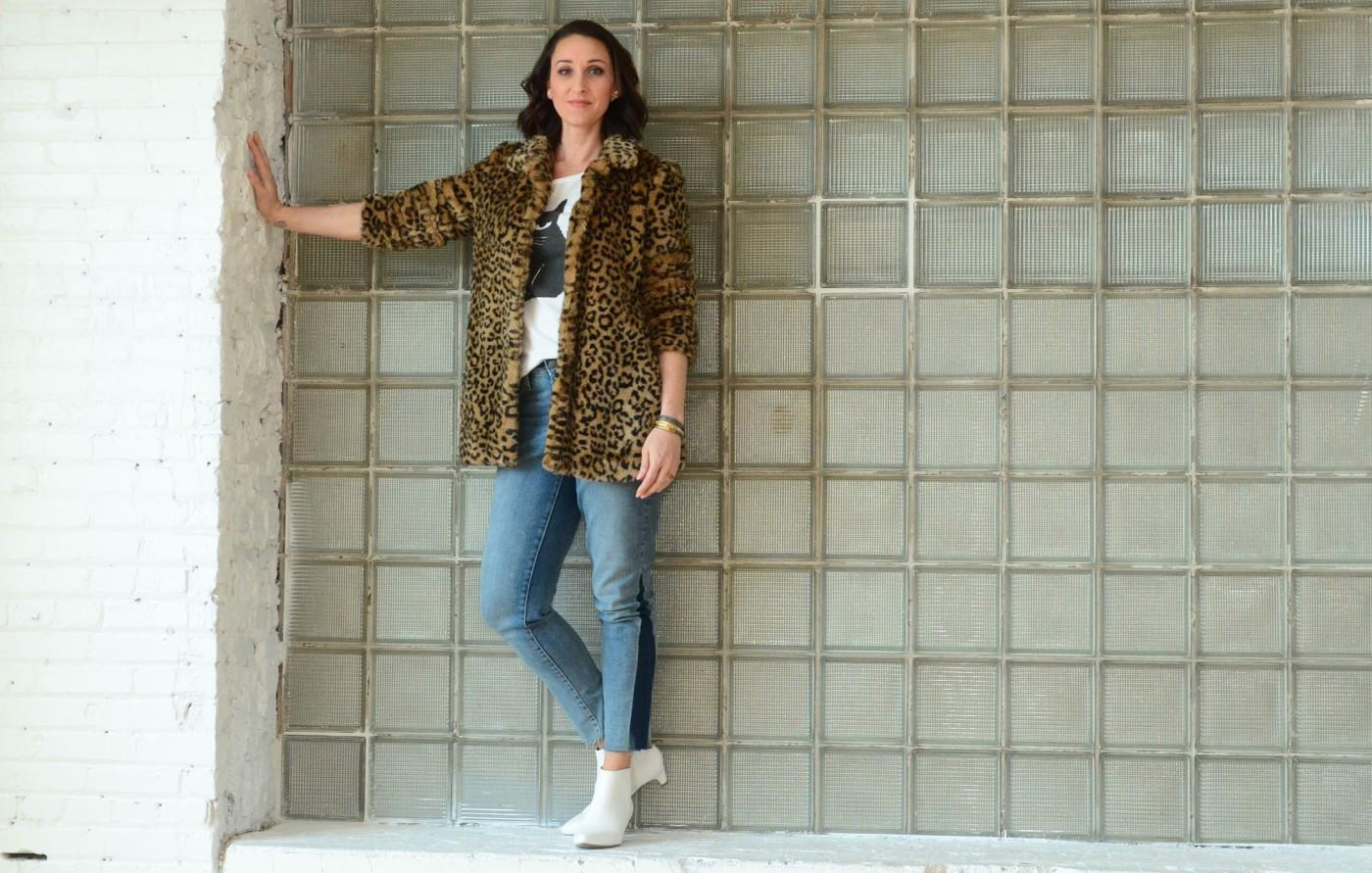 women-i-work-with-kristin-schroeder-leopard-fur-coat-cat-tee-denim-white-boots