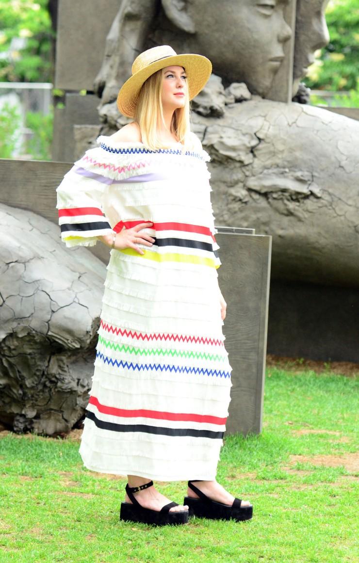 women-i-work-with-melissa-andrykowski-striped-off-the-shoulder-dress-straw-hat-black-platform-sandals